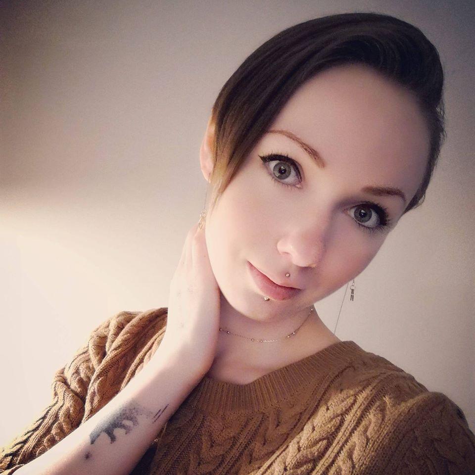 Sarah De Tealate